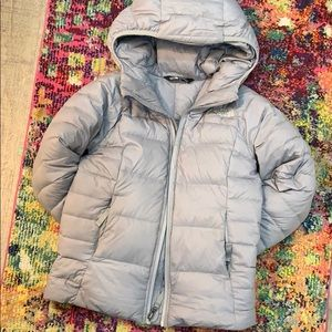 North face jacket size small (7-8 years)
